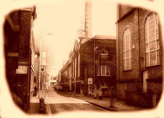 London Brick Lane – Follow the Money